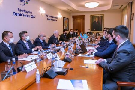 Azərbaycan və Qazaxıstan dəmir yolları arasında əməkdaşlığın strateji istiqamətləri müzakirə edilib